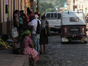 Women in the streets of Copán Ruinas
